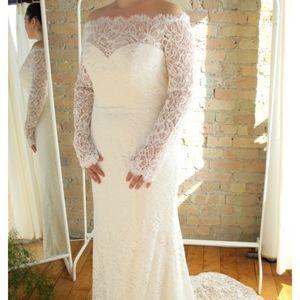 Casablanca Wedding Gown 2169